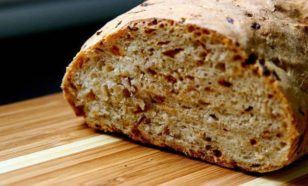 White Bread; Brown Bread; Whole Wheat Bread: Which Is Healthier?